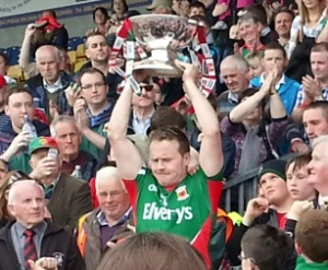 Andy Moran lifting the Nestor Cup